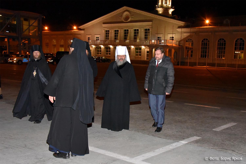 Улицы Екатеринбурга сегодня днём перекроют для крестного хода
