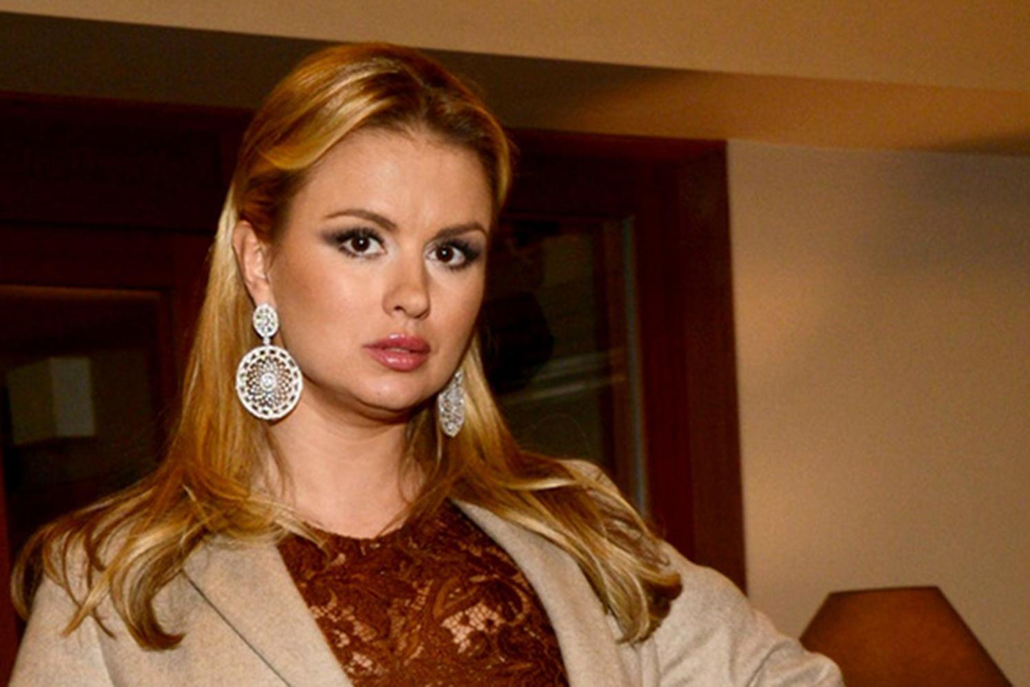 Прно с анной семяновичь, Анна семенович домашнее порно видео смотреть 2 фотография