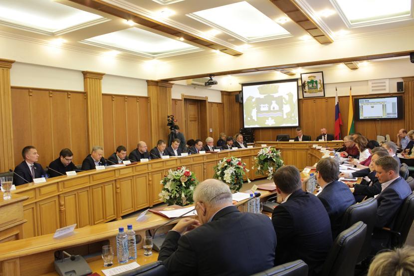 Гордума Екатеринбурга не смогла утвердить членов комиссии по выборам главы города