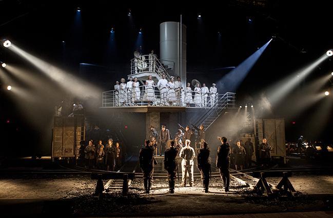 Бывшие узники концлагерей смогут бесплатно посетить премьеру «Пассажирки» воперном театре