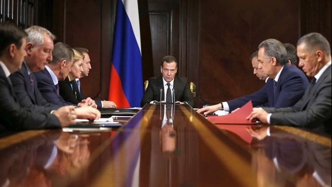 10 против 9. Президент утвердил новую структуру правительства