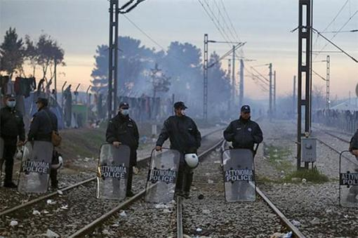 Сербия и Македония вслед за Словенией заявили о намерении перекрыть границы для нелегалов