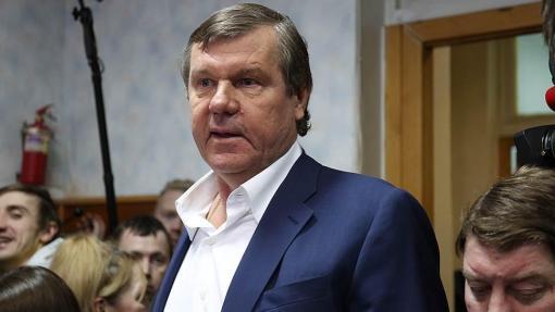 Суд оставил под арестом недвижимость шансонье Новикова