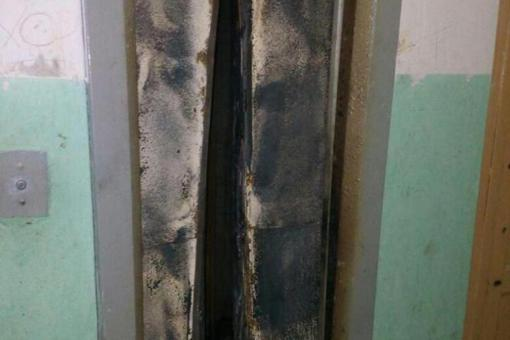 В Екатеринбурге сгорели 3 лифта в домах, принадлежащих одной УК