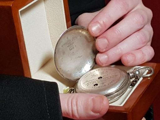 В Ревде найдены часы, возможно принадлежавшие царскому врачу Боткину