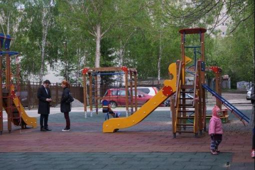 В Екатеринбурге разгорелся конфликт вокруг сноса детской площадки