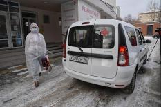 На Урале ковид-больные начали получать лекарства на дом (фото)