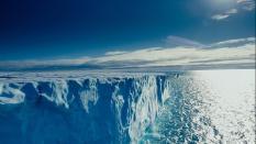 Льды российской Арктики стали таять в два раза быстрее