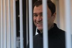 Экс-замминистра культуры осудили на 1,5 года и освободили в зале суда