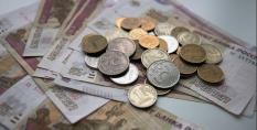 С начала года средняя зарплата в Свердловской области составила более 36 тыс. рублей