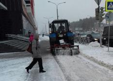 С улиц уральской столицы вывезли 620 тонн снежно-пылевой массы