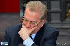 Руководство Эрмитажа пока не комментирует арест замдиректора