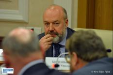 С идеей объединения выступил во время прошлогодних сентябрьских выборов депутат Государственной думы Павел Крашенинников