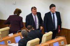 Депутаты утвердили министров финансов и соцполитики Свердловской области (фото)
