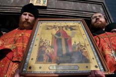 РПЦ предлагает передавать в храмы иконы из запасников музеев