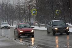 Свердловские синоптики предупреждают водителей о гололедице