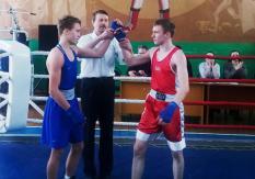 Альменево: Подготовка к Первенству УрФО по боксу