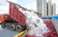 В Екатеринбурге снег будут плавить, а не вывозить