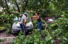 От урагана 3 июня на севере Урала пострадала еще одна женщина