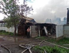 Ураганный ветер на Урале стал причиной крупного пожара