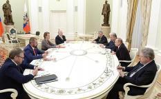 Путин призвал всех экс-кандидатов в президенты объединить усилия