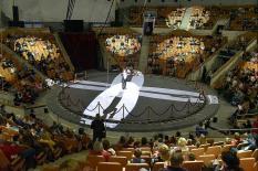 Екатеринбургский цирк подарил бесплатное представление медработникам и членам их семей (фото)