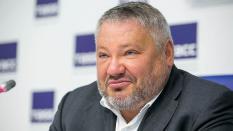 Эксперты: Баков вряд ли соберет подписи для участия в выборах президента
