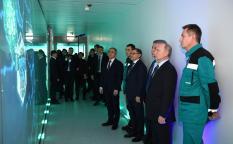 Путин посетил посетил крупнейший в стране нефтехимический комплекс «Запсибнефтехим»