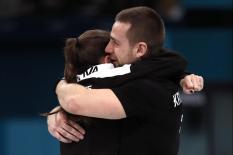 CAS лишил керлингистов Брызгалову и Крушельницкого бронзовых медалей Олимпиады