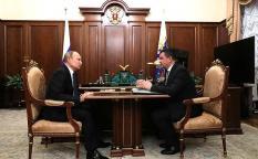 Названы сроки появления первых электронных паспортов в России