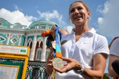 Спортсменка Красномовец сняла  свою кандидатуру с губернаторских выборов