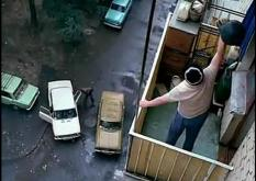 За убийство брошенным с балкона куском металла суд назначил исправительные работы
