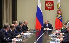 Путин внес на рассмотрение в Госдуму проект закона об изменениях в Конституцию