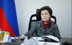 Губернатору Югры представили лучшие социальные инициативы региона