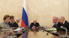 Россия полностью закрывает границы из-за коронавируса