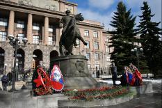 В Екатеринбурге прошли памятные мероприятия, посвященные Дню защитника Отечества (фото)