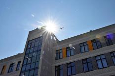 В микрорайоне Солнечный открылась школа, построенная с помощью 3D-моделирования (фото)