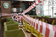В Свердловской области введут ограничения на работу баров, кафе и ресторанов