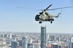 Екатеринбург с борта вертолета Ми-8: фоторепортаж