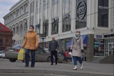 В Свердловской области шестой день подряд фиксируется свыше 200 новых заразившихся