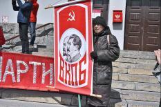 Слева направо: куда движется КПРФ и другие оппозиционные партии?