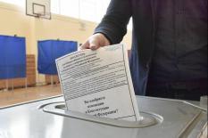 В первый день в голосовании по поправкам в Конституцию приняли участие свыше 10 млн. россиян