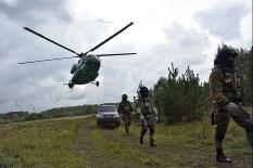 CОБР и Уральская оперативная таможня отработали задержание контрабандистов (фото)