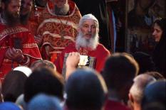 Лишенный сана отец Сергий провел свой крестный ход в Царские дни (фото)