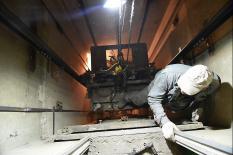 До конца года в домах Среднего Урала заменят свыше 280 лифтов (фото)