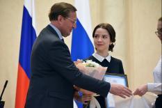 Лучших выпускников Свердловской области поздравили в резиденции губернатора (фото)
