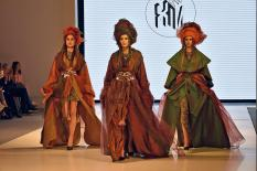 Неделя моды в Екатеринбурге открылась показом от киргизских дизайнеров (фото)