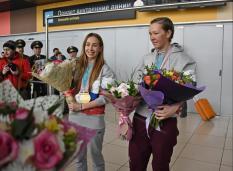 В Екатеринбург вернулись золотые призеры Паралимпиады-2018 (фото)
