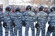 Путин подписал закон о повышении штрафов за неповиновение силовикам на митингах