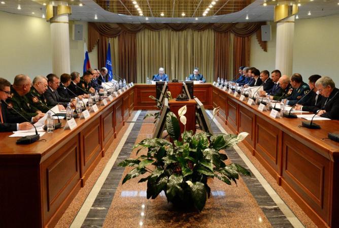 В Новом Уренгое прошло заседание Совбеза РФ